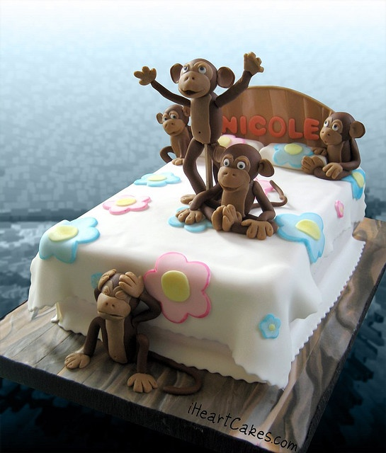 5 Little Monkeys Jumping on the Bed Cake - iHeartCakes by iHeartCakes - Gena, via Flickr