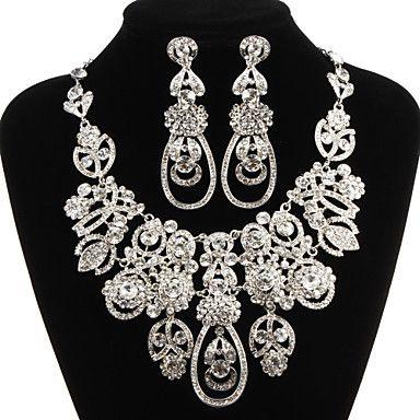 Charmant Lichtmetalen Verzilverd Met heldere strass bruids sieraden set (ketting, oorbellen) – EUR € 49.49