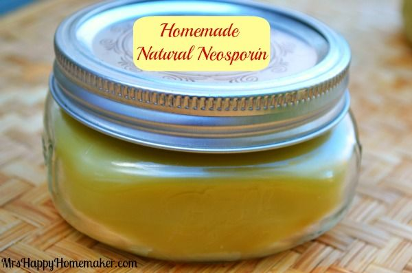 Totally need to try this, recipe for homeopathic ointment like neosporin without the chemicals.