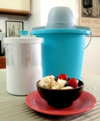 How to Use an Old-Fashioned Ice Cream Freezer - Found Mom & Dad's old ice cream maker but we can't find the directions.