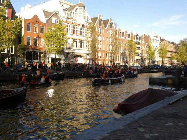 Amsterdã, The Netherlands. Queen's day 2013.