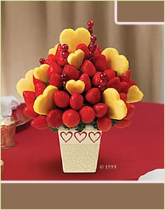 I love strawberries!  This would be a better v-day gift than flowers!