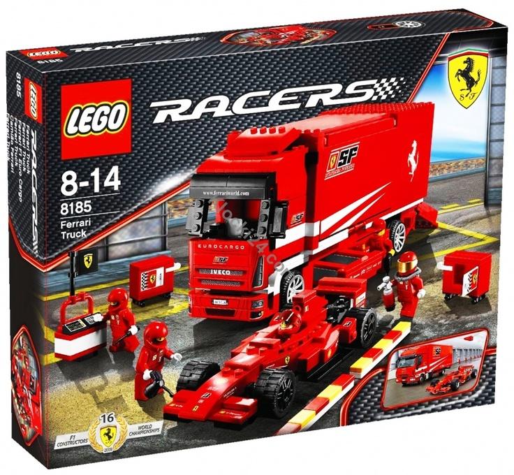 Lego Racers Ferrari Truck to ciężarówka Ferrari przystosowana do przewożenia bolidów (posiada otwierane boki i tylną klapę). W zestawie znajduje się również wyścigówka Ferrari. Dołącz do najlepszego teamu Formuły 1 i wciągnij się w wir zabawy wraz z Lego Racers!