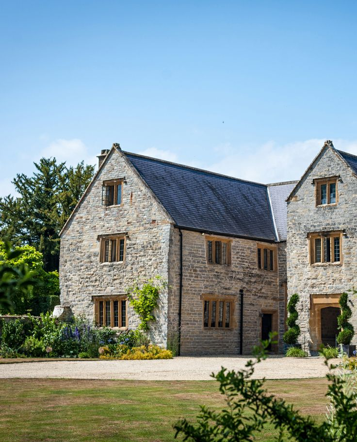 Langford Fivehead in Somerset, UK: an intimate and indulgent manor house hotel. i-escape.com