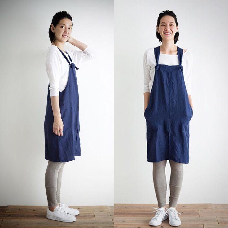 新作ワークウエア!リネンレーヨンサロペットスカート。 ジャンパースカートタイプのワークウエア。エプロンとしても使え、着こなしや用途に合わせて万能に活躍してくれます。 オーバーサイズでゆったりとした着心地ながら、リネンレーヨンで落ち感のある生地を使用しているのでボリュームもですぎないのがポイント! 春夏の定番コーディネートに加えませんか? リネンレーヨンサロペットスカート 12,000円+税 Col:カーキ/ネイビー http://shop-simply-coltd.jp/products/detail.php?product_id=324 ★Simply ONLINE SHOP こちら》》》 http://shop-simply-coltd.jp #simply #simplycoltd #エプロン #ワークウエア #キッチン雑貨 #コレド #ラシック #シェアエプロン #お出かけエプロン #サロペットスカート #リネン