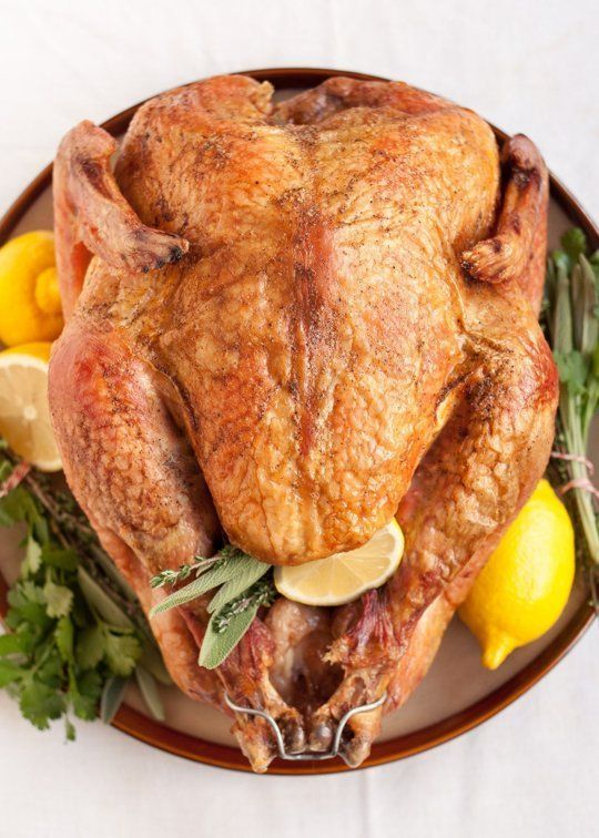 In a pinch, you can cook a frozen turkey. If you find yourself staring down a turkey that's still frozen solid on Thanksgiving morning and you're wondering how in the world you're going to get dinner on the table in a few hours, there's hope. Here's how to go from frozen to golden without skipping a beat.