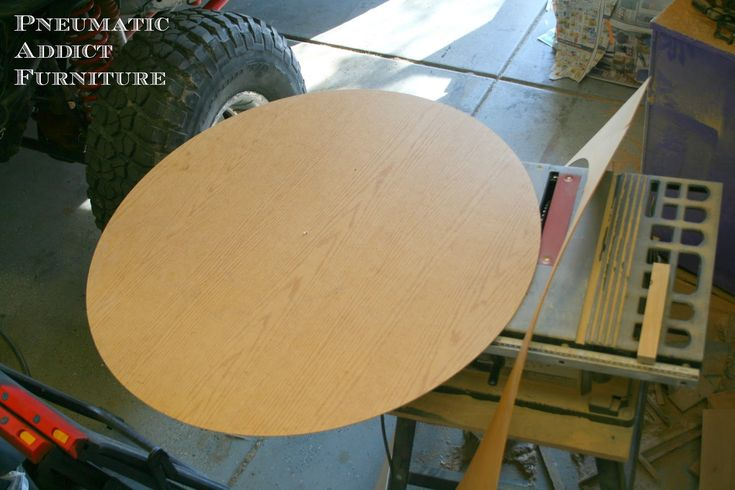 Pneumatic Addict Furniture: Life Changing Skill (AKA: How to Cut a Perfect Circle With a Table Saw)