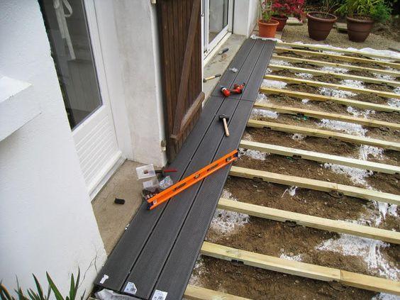 poser une terrasse composite sur lambourdes et plots terasse pinterest patios. Black Bedroom Furniture Sets. Home Design Ideas
