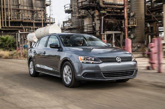 2014 Volkswagen Jetta 1.8T SE First Test - Motor Trend