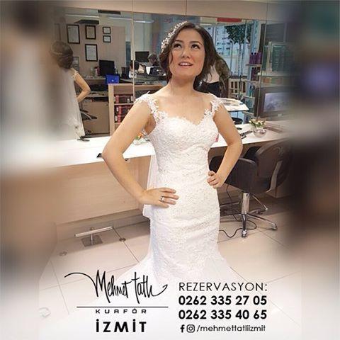 Dünyanın en seçkin saç bakım markalarını, İzmit'in tek prestijli markası Mehmet Tatlı' da bulabilirsiniz Bilgi ve Rezervasyon 0262 335 27 05 - 0262 335 40 65 #hair #beauty #saç #makyaj #mehmettatlıizmit #mehmettatlı #gelinsaçı #cool #blonde #sarışın #sarısaç #saçbakım #kerastase #haircare #weddinghair http://turkrazzi.com/ipost/1516156434445101000/?code=BUKeD6DBefI