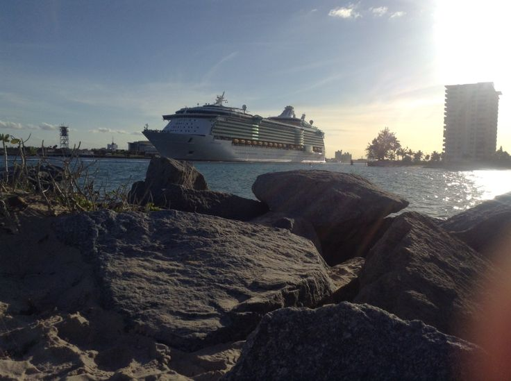 Day 100: Looking back at our Royal adventure and our homeport Fort Lauderdale, Florida with gratitude. But also grateful for ending this chapter in Florida and beginning a new one in Georgia.