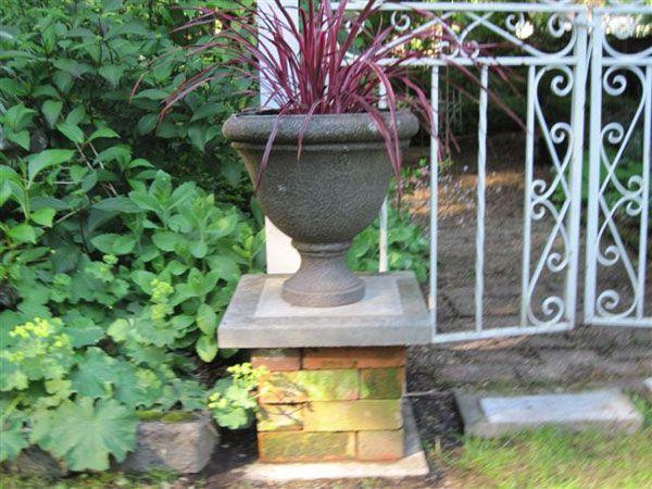 DIY Easy Garden Column