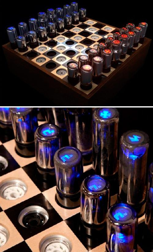 Chess set made from vacuum tubes... for the chess-playing cyber-geek in all of us!