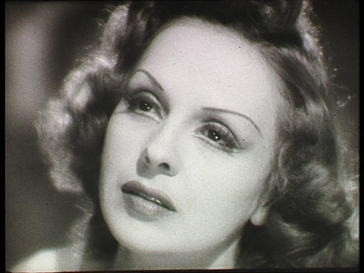 Mezei Mária (1909-1983) magyar színésznő, érdemes és kiváló művész