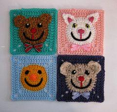 Ravelry, #crochet, free pattern, granny square with animal face, bear, kat, smiley, #haken, gratis patroon (Engels), granny square met dierengezicht, beer, kat, smiley, deken, sprei, kraamcadeau, #haakpatroon