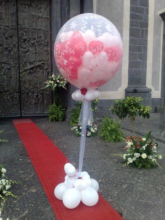 Composizione di palloncini per matrimonio