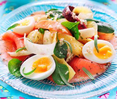 Najadlax med ägg, dragon och rotfrukter
