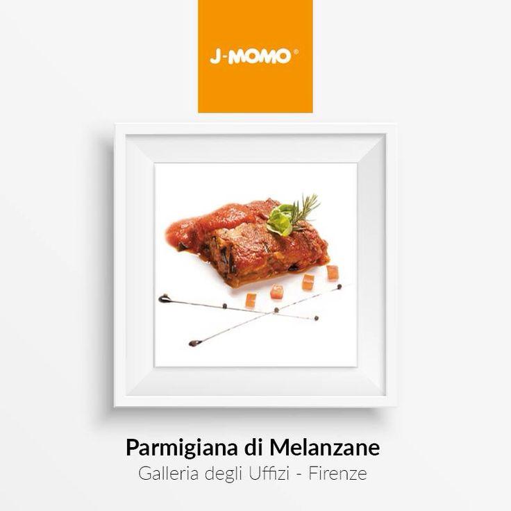 Un classico dei sapori mediterranei, conosciuto e amato in tutto il mondo... la Parmigiana di Melanzane: un'arte! http://www.lapastadij-momo.com/