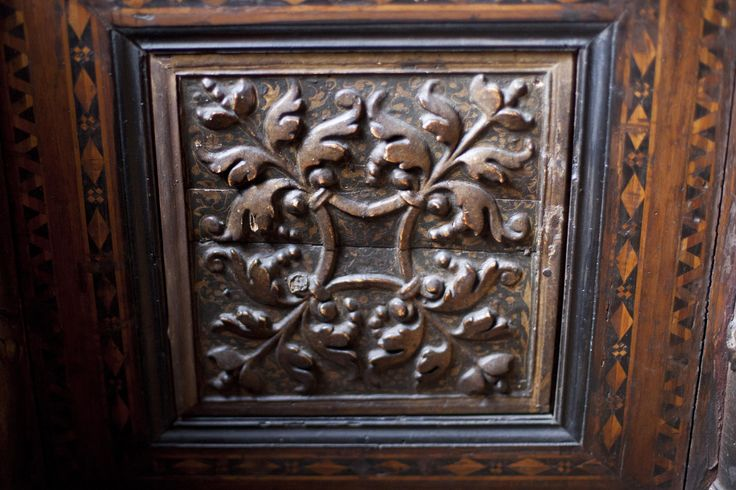 Cassone side panel. Italy, 15 cent.