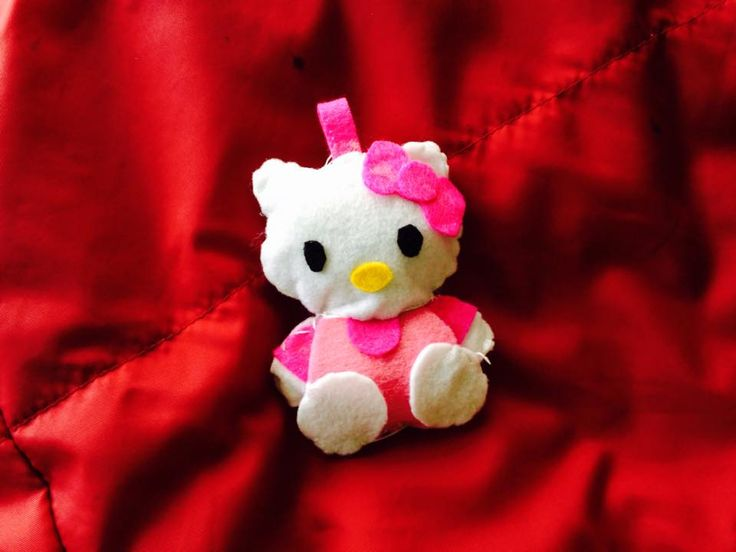 Felt Hello Kitty keychain  by Joanne's PaperCreations
