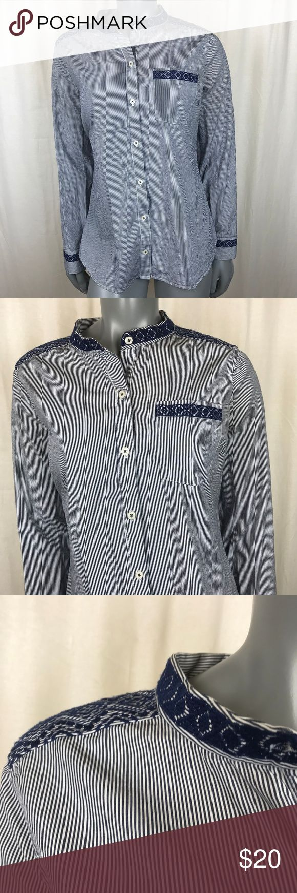 C Wonder Womens Medium OxfordShirt Pinstripe C Wonder Womens Medium Oxford Button Up Pinstripe Shirt Tunic Blue Burch Cotton c wonder Tops Button Down Shirts