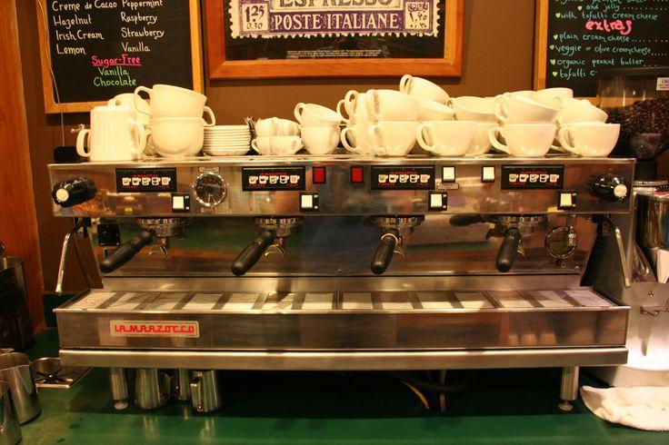 Uncommon Grounds Burlington Vermont - A quirky, quintessentially Burlington coffee shop #BTV