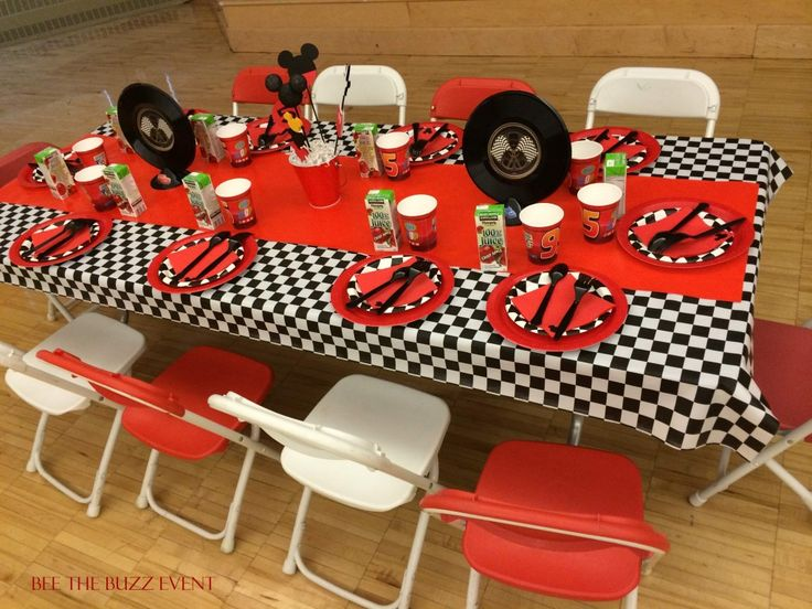 Race Car Mickey Mouse Party | beethebuzzevent.com | Minnesota Special Event Planning Company |