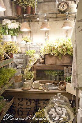 Gardener's Potting Shed www.laurieannas.com