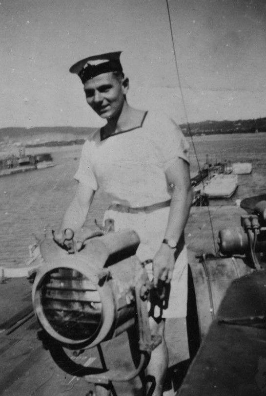MaritimeQuest - HMS Illustrious Message Board 1 through 24