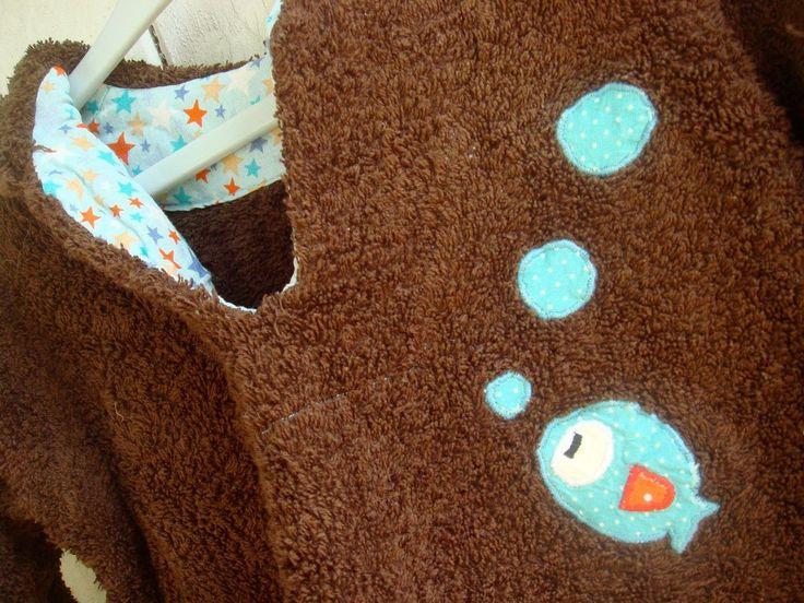 Burnous poissons pour petit garçon par Reinette et Cie