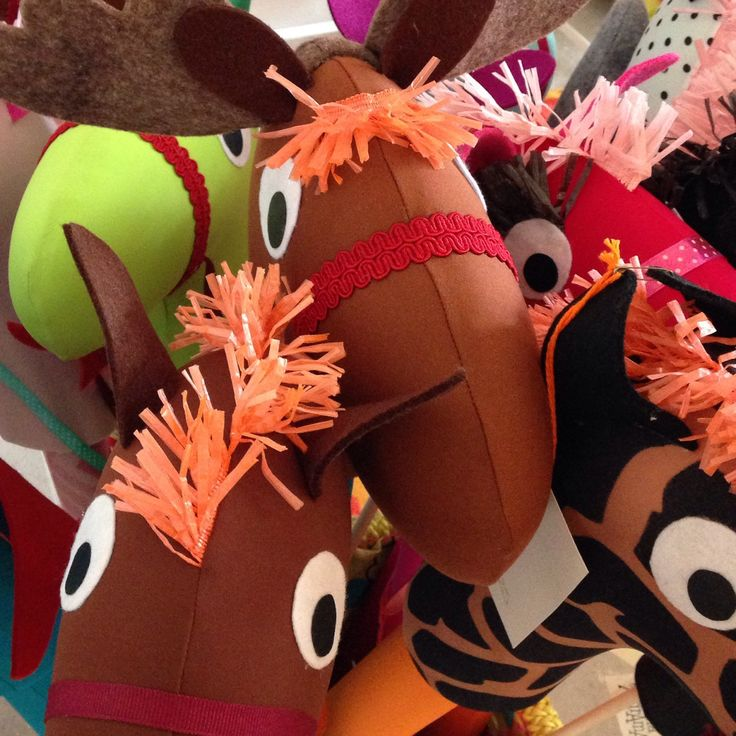 Cavalli 🐴 con bastone, unicorni 🦄, draghi 🐉, renne, zebre e giraffe: alla SartoriaTataDrama c'è solo l'imbarazzo della scelta!!!
