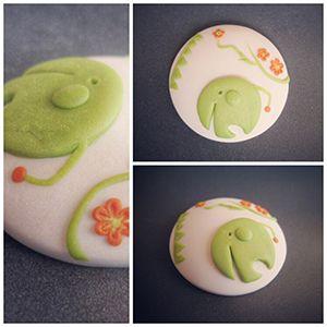 Bisuteria fimo ilustraciones infantiles. Elefante verde. #fimo,#sculpey,#moda,#complementos infantiles. http://sofiasthings.com.