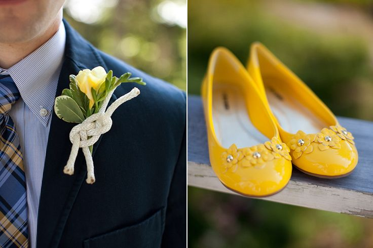 Use a fisherman's knot as accent in boutonniere. Nautical blue