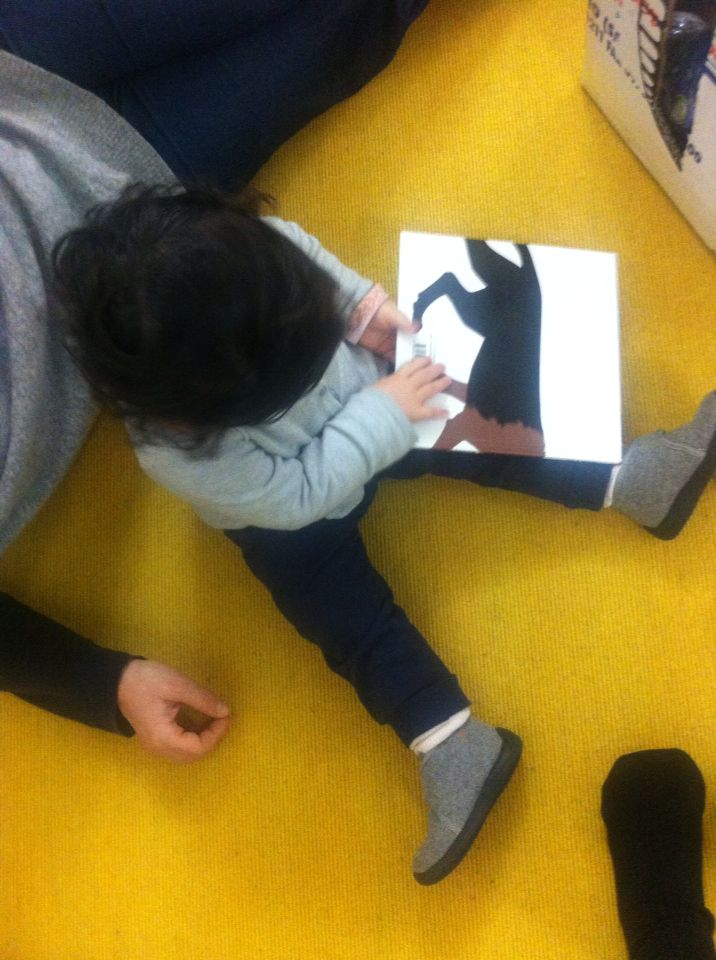 Leggere ai bambini piccoli   Mangia che ti mangio, Iela Mari, Topipittori editore
