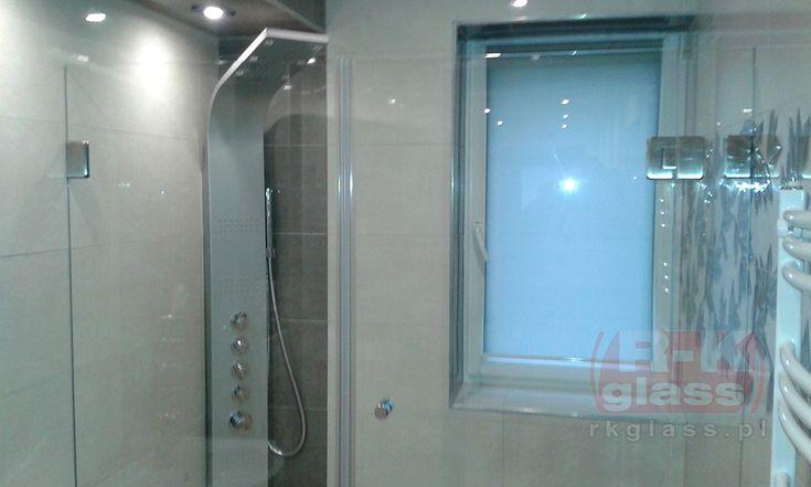 Szklana kabina prysznicowa.