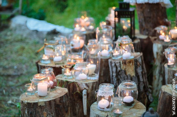 Podgrzewacze w słoikach: to jedna z najtańszych i najbardziej urokliwych dekoracji w stylu rustykalnym. #wesele #rustykalne #ślub #styl #wiejski #sluby #pannamloda #panmłody #karoca #wóz #trendy2018  #zabawa #dekoracje #ślubne #pomysły #inspiracje  #wedding #bride #bridal #stylish #rustic #village #country #rural #cart #trends2018 #ideas #inspiration #hair #flower #decoration #Свадьба #свадьба #принятие #оформление