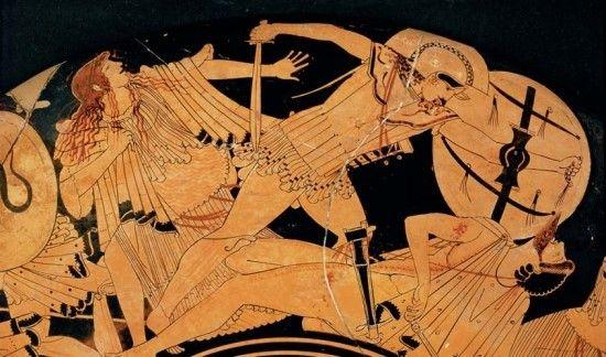 트로이 전쟁 | 기원전 1184년 신화와 역사 사이에서  대량 학살 기원전 490년경 제작된 이 크라테르(고대 그리스 로마의 도기로 술과 물을 섞는 데 쓰던 단지_역주) 는 중무장한 그리스 보병이 트로이 전사들을 무자비하게 공격하는 모습이 담겨 있다. 이 장면은 현재에는 전해지지 않는 서사시 『일리오스 함락』을 기초로 한 것이다. 『일리아드』에는 전쟁의 결과나 도시의 정복에 대해서는 묘사되어 있지 않다.