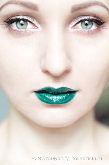 """Зеленые губы? Легко! Прошли те времена, когда на улицу я выходила только с """"нормальными"""" цветами. Спасибо ColourPop за этот прекрасный """"Хрустальнй шар"""" в моей коллекции (оттенок Crystal ball) отзывы — Отзывы о косметике — Косметиста"""