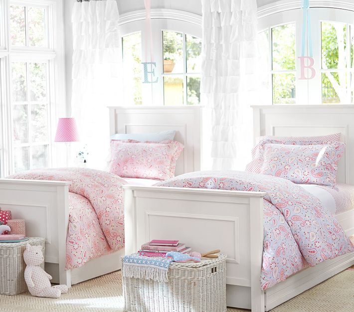 best 25 twin girl bedrooms ideas on pinterest girls twin bedding sister room and twin girls. Black Bedroom Furniture Sets. Home Design Ideas