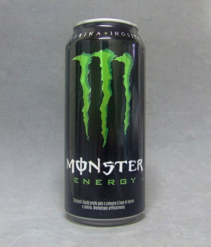 Lata de Monster Energy Drink