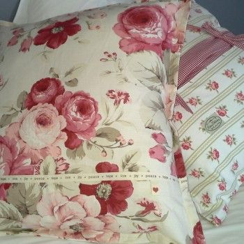 FLORAL #CUSHIONS – SET OF TWO, BY KIM'S COLLECTION I could not resist this fabric. These will brighten up any room and one is simply not enough. 62 cm x 62 cm  R650