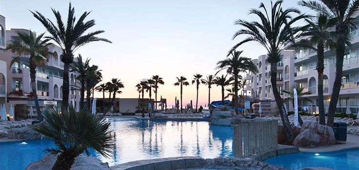 Alcudia Pins Hotel, main pool.