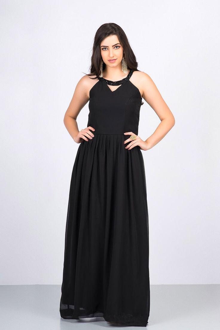 YUTI SHAH Black Sleeveless Cut-Out Gown #flyrobe #wedding #weddingoutfit #flyrobeweddings #receptionoutfits #designerwear #designergown #receptiongown