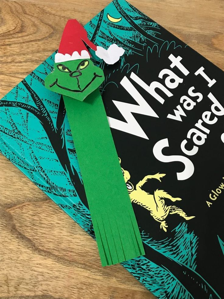 How to make a Grinch bookmark  - Love Grinch crafts! Happy Grinchmas