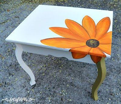 Vicky's table1E                                                                                                                                                                                 Más