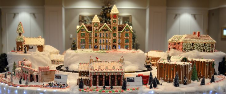 2017 Auburn Gingerbread Village at The Hotel at Auburn University #gingerbreadvillage #gingerbreadhouse