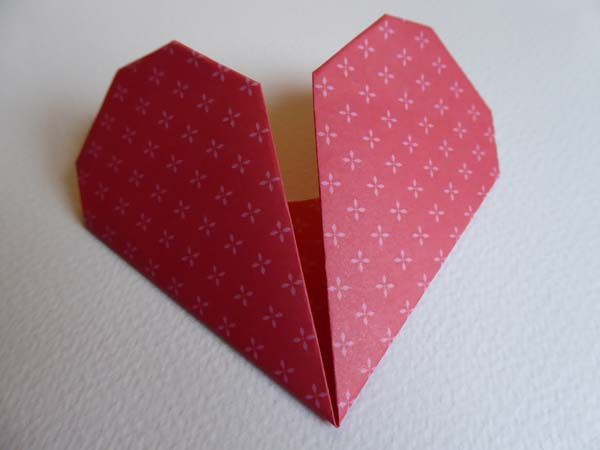 Do you want to learn how to fold a paper heart? Artist Rachel Hazell shows us how to do this. 'Make a quick origami heart to share some paper love.'