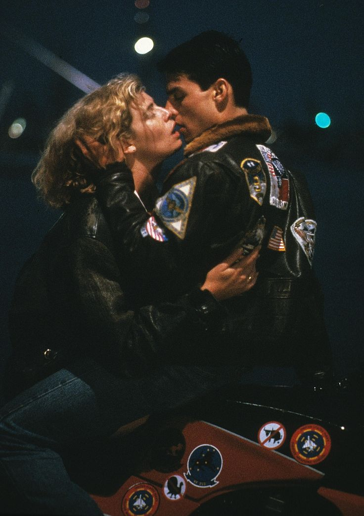 Charlie & Maverick - Kelly McGillis & Tom Cruise - Top Gun, 1986- poster maybe