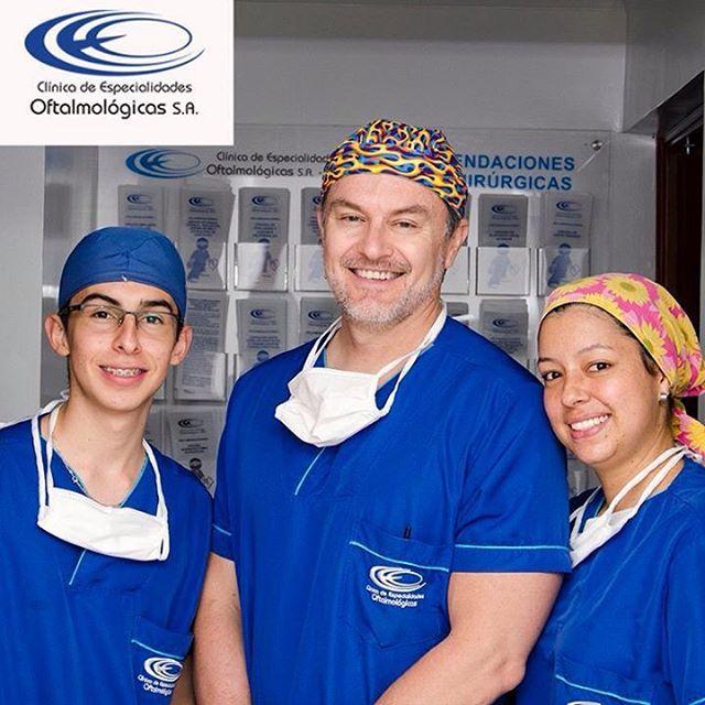 En la #ClínicaCEO contamos con especialistas en cirugía de implante de lente intraocular con el cual alcanzarás una visión óptima. Citas online en www.ceomedellin.com #CirugíasCEO