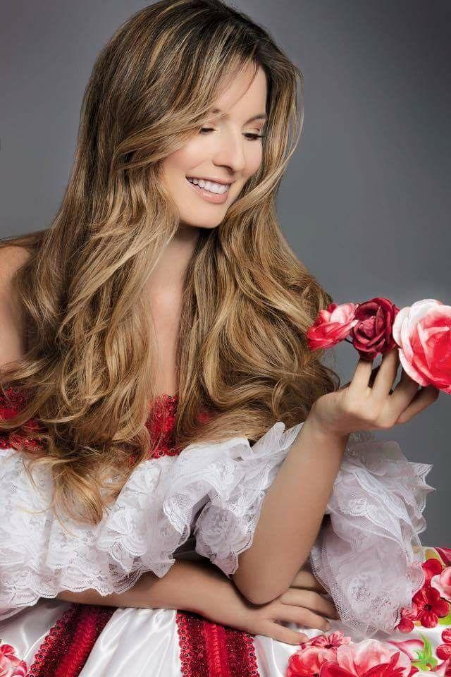 Claudia Bahamón, hermosa!!!!